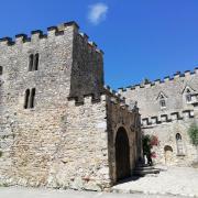 Aigueze château©UzEssentiel